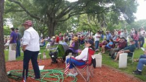 Crowd at Wilmington National Cemetery on Memorial Day 2016